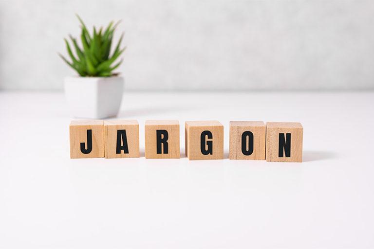 Mot de jargon à partir de blocs de bois avec des lettres